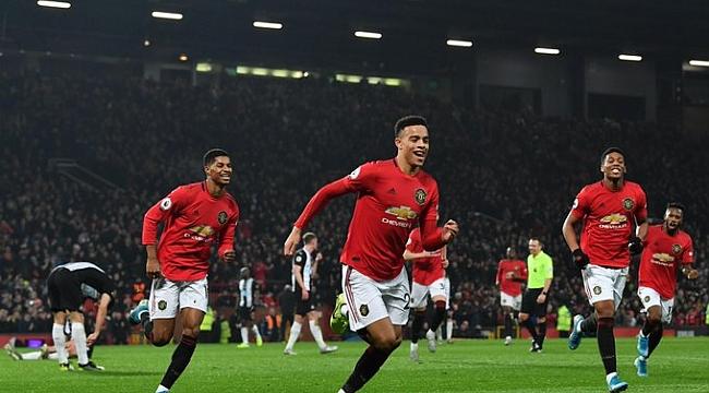 Manchester United Newcastle'ı farklı geçti