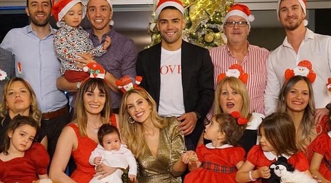 Muslera ve Falcao'nun aileleri Noel'i birlikte kutladı