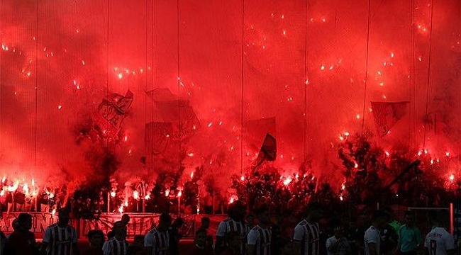 Olympiakos taraftarından VAR hakeminin evine saldırı