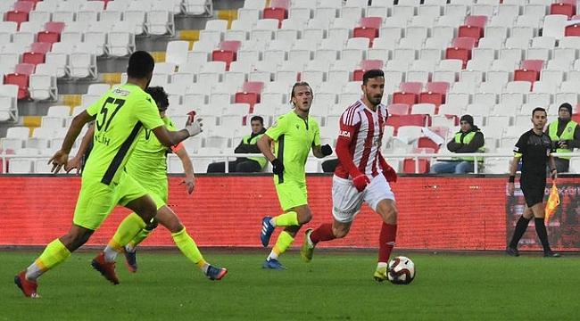 Sivasspor Esenler'e yenilerek tur atladı