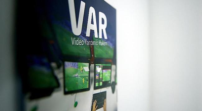 UEFA Başkanı Ceferin'den devrim gibi VAR önerisi