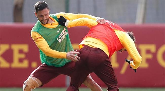 Galatasaray'da Onyekuru ve Andone idmana çıktı