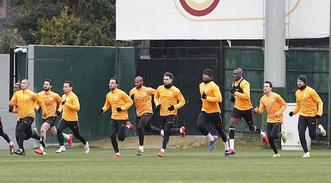 Galatasaray ikinci yarı hazırlıkları için yarın toplanacak