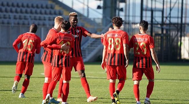 Gaziantep FK Menemenspor'u 3-1 mağlup etti