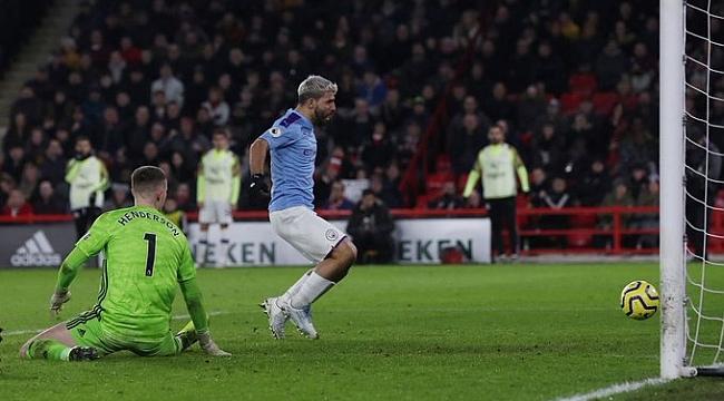 Manchester City Agüero ile kazandı