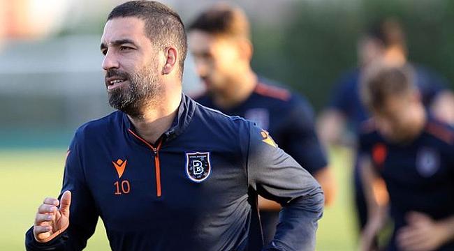 Medipol Başakşehir Arda Turan'ın sözleşmesini fesh etti