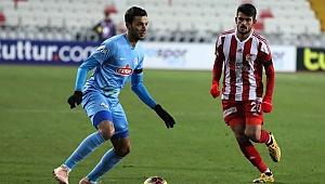 Sivasspor 1 puanı 90+3'te kurtardı