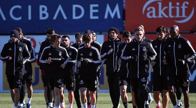 Sergen Yalçın'lı Beşiktaş Başakşehir deplasmanında
