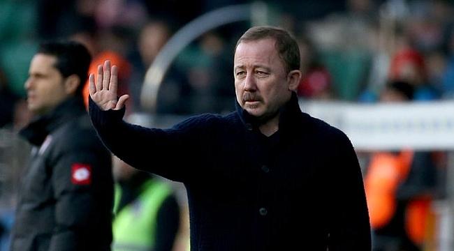 Sergen Yalçın: Taraftarsız, Beşiktaş'ın bir şey yapma imkanı yok