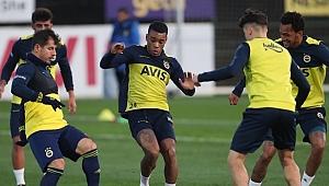 Fenerbahçe'de Garry Rodrigues takımla birlikte çalıştı