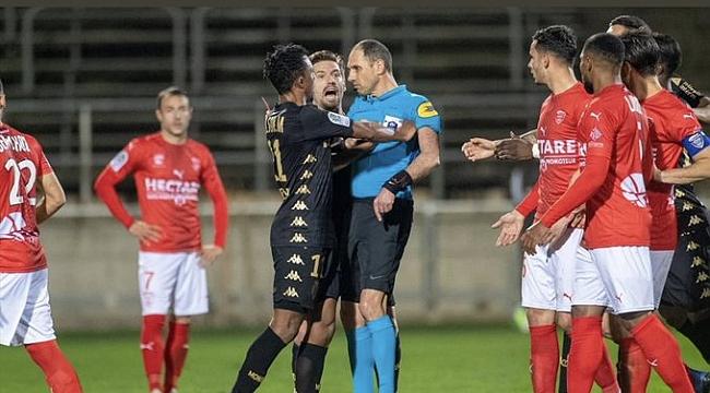 Hakemi iten Gelson Martins futboldan 6 ay men cezası aldı