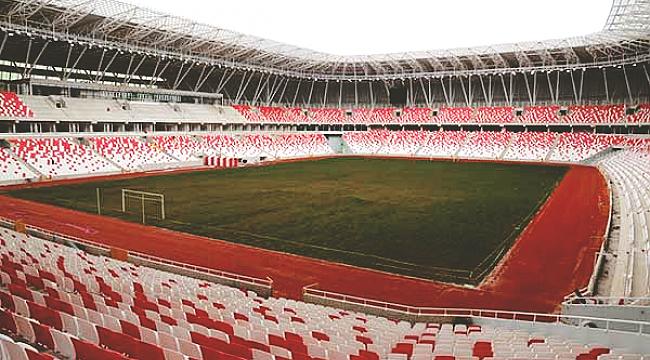 Sivasspor Galatasaray'ı konuk ediyor