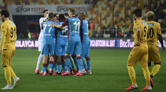 Trabzonspor Malatya'dan lider dönüyor