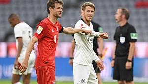 Bayern Münih rekor kırarak kazandı