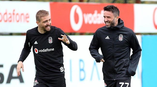 Beşiktaş'ta Caner ve Gökhan hamlesi