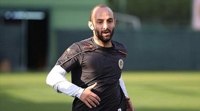 Efecan Karaca kupa istiyor!