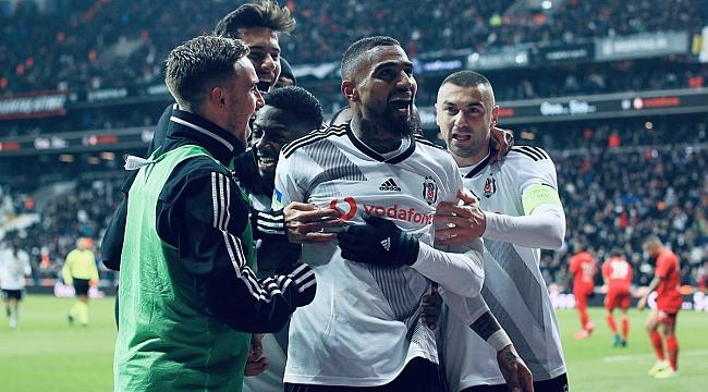 Beşiktaş iki yıllık imzayı açıkladı