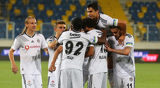 Beşiktaş, Sivasspor'u solladı! Üçüncülüğü kaptı