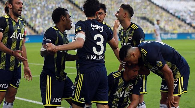 Fenerbahçe'de sürpriz veda! 'Kendine takım bul'