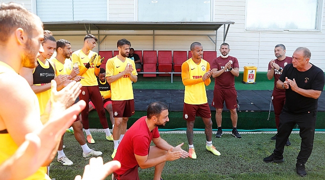 Galatasaray'da Mariano ile yollar ayrıldı