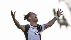 Juventus derbide acımadı: 4 gol