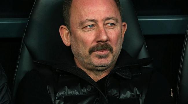 Sergen Yalçın Beşiktaş'a ilk transferini yaptı
