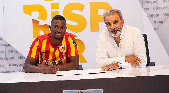 Beşiktaş ile Mensah için yeni görüşme