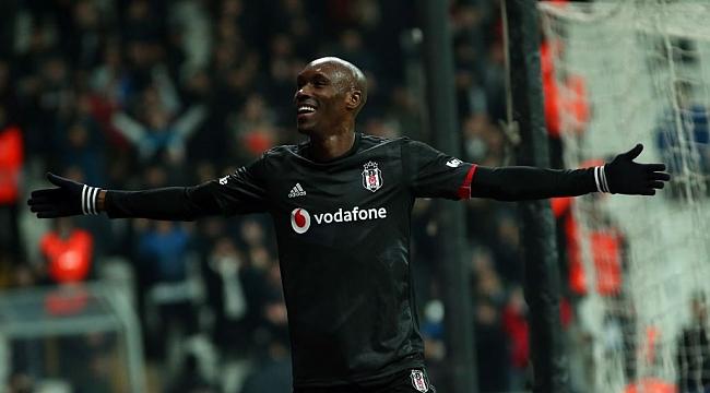 Beşiktaş'ta mutlu son! İmza atıldı