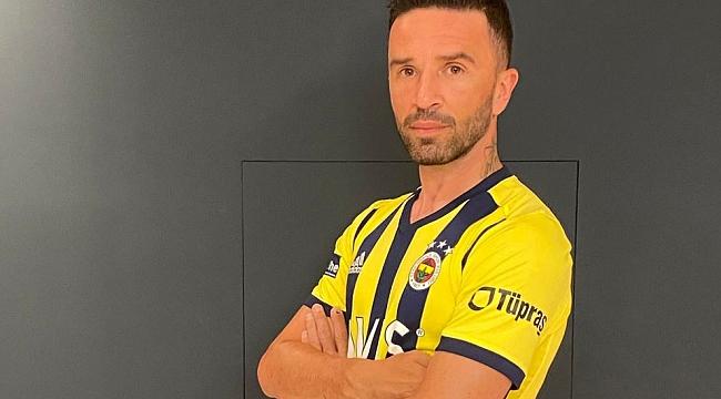 Fenerbahçe'den bir transfer daha! 1+1 yıllık imza