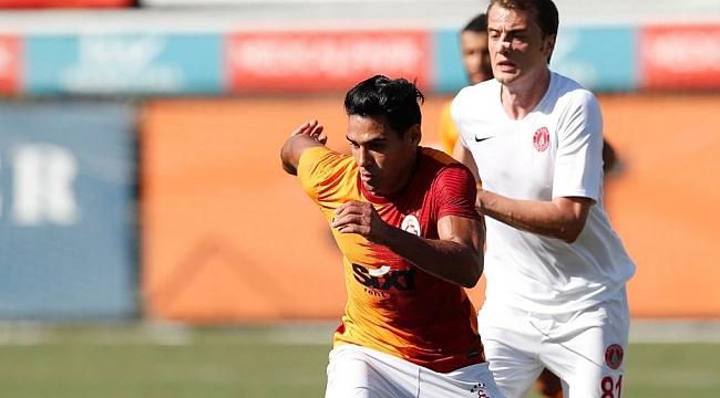 Galatasaray bu kez 2 golle kazandı