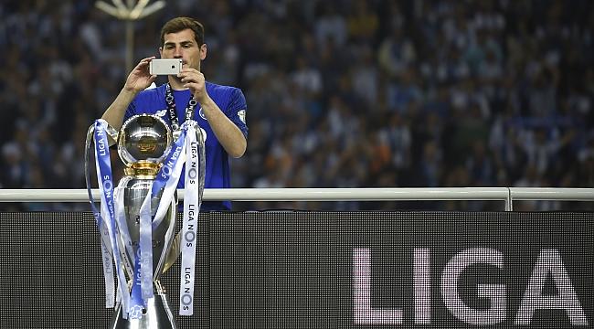 Iker Casillas futbol hayatını sonlandırdı