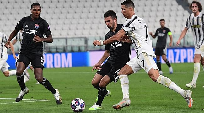 Juventus'un 2 gollü geri dönüşü tura yetmedi!