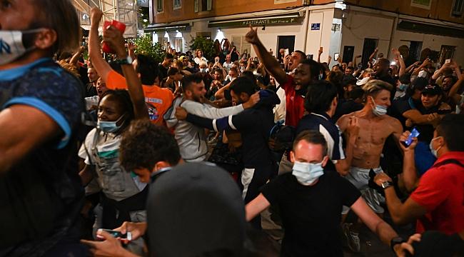 Marsilya sokaklarında Bayern kutlaması