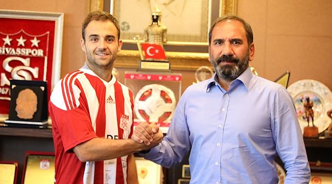 Sivasspor transferi açıkladı