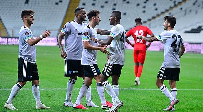 Beşiktaş, Antalyaspor'a 3 gollü tarife