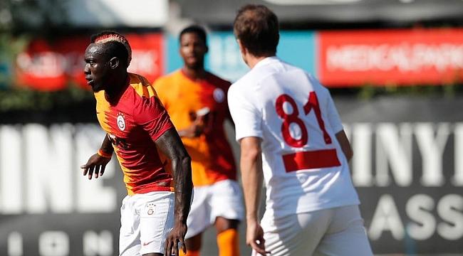 Galatasaray'da yeni formül, yeni taktik