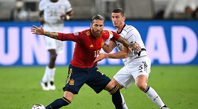 İspanya 1 puanı son dakikada kaptı