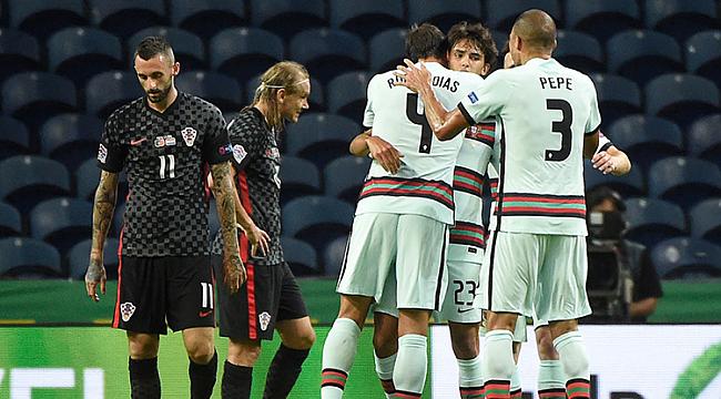 Portekiz acımadı, İngiltere 90'da güldü