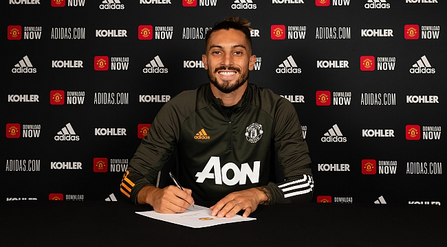 Alex Telles, Manchester United ile imzaladı!