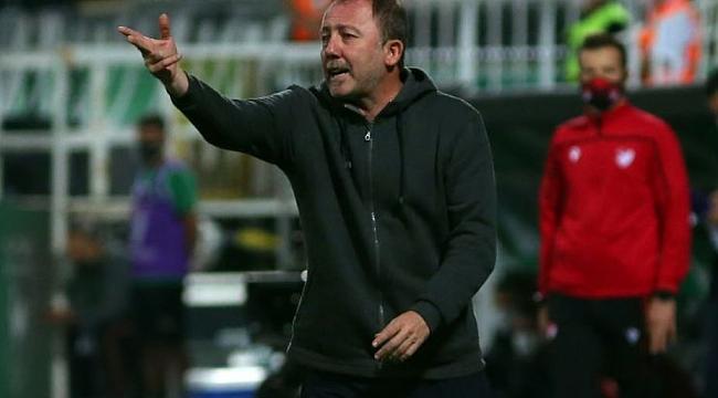 Beşiktaş'ın kanatlarında sorun var!