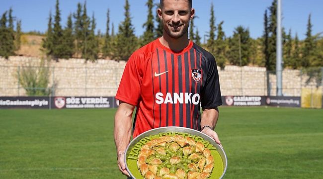 Kevin Mirallas Süper Lig'e transfer oldu
