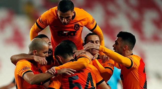 G.Saray geri dönüşe izin vermedi! 3 gol...