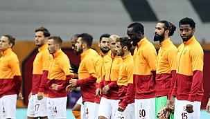 Galatasaray 3 rekor kırdı sadece 1 gol atabildi