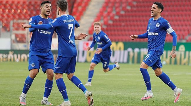 Ozan Kabak'a VAR'a takıldı! 4 gol, 1 puan...