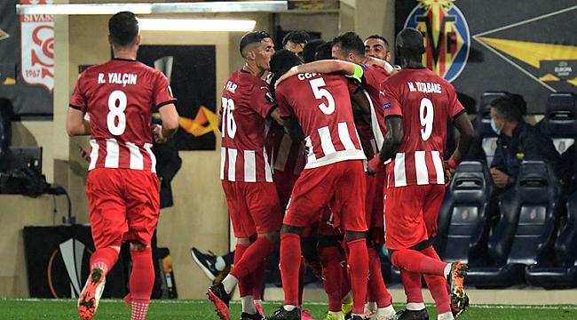 Sivasspor - Karabağ muhtemel 11'ler