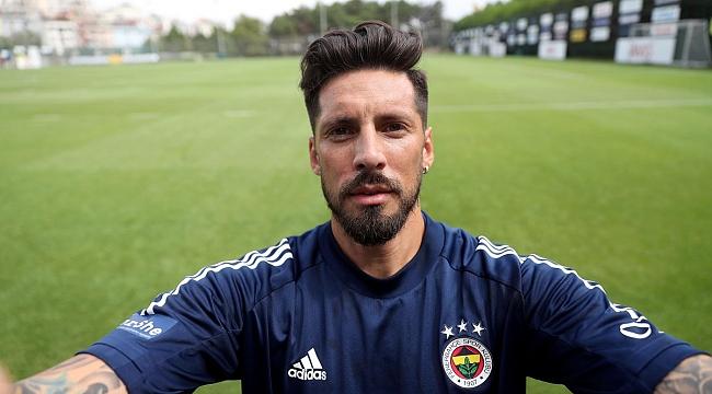 Fenerbahçe'de Jose Sosa'ya uyarı