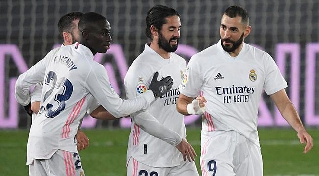 Real Madrid'in zirve yürüyüşü 2 golle devam etti!