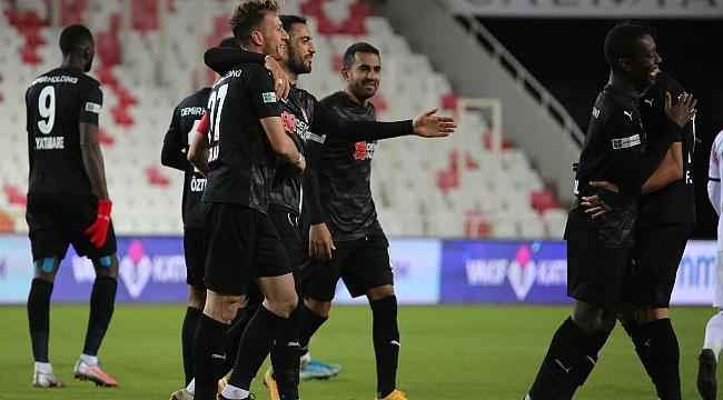 Sivasspor'dan 3 golle 3 puan