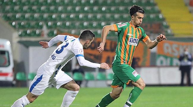 Alanyaspor 4 golle geri döndü, tur biletini kaptı!