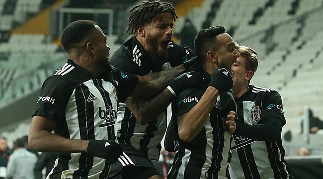 Beşiktaş derbide 2 golle güldü